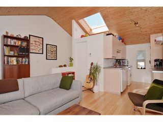"""Photo 18: 3256 FLEMING Street in Vancouver: Knight House for sale in """"CEDAR COTTAGE"""" (Vancouver East)  : MLS®# V1116321"""