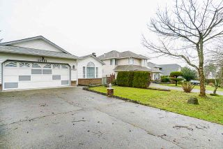 Photo 2: 15901 88A Avenue in Surrey: Fleetwood Tynehead House for sale : MLS®# R2535986