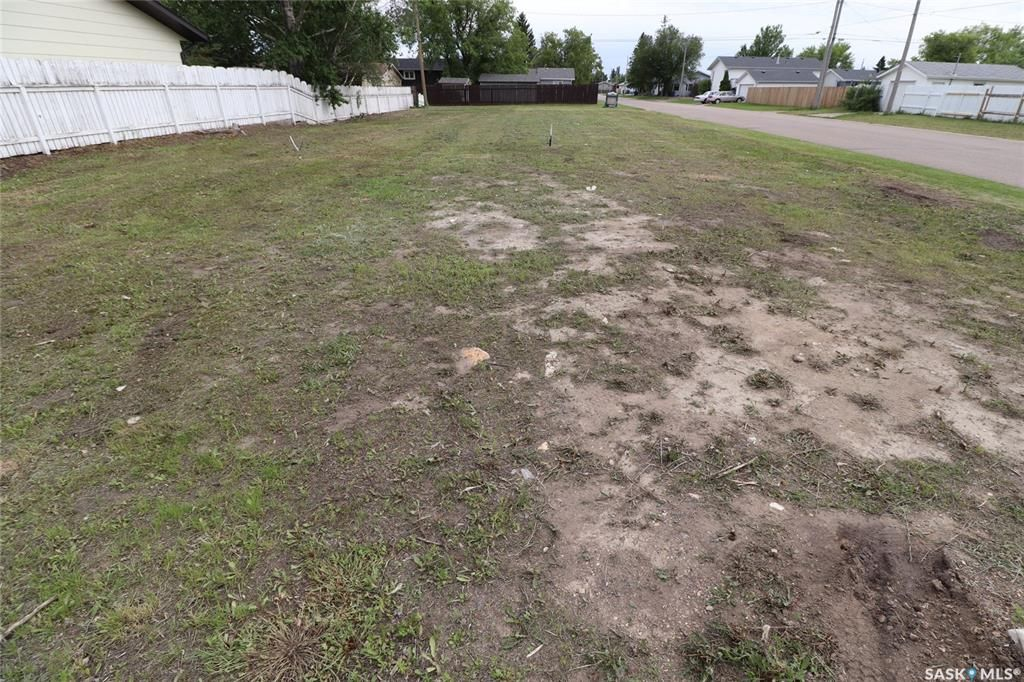 Main Photo: 211 4th Street in Warman: Lot/Land for sale : MLS®# SK834777