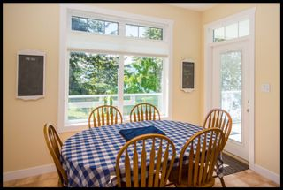 Photo 35: 3513 Eagle Bay Road in Eagle Bay: Waterfront House for sale : MLS®# 10100248