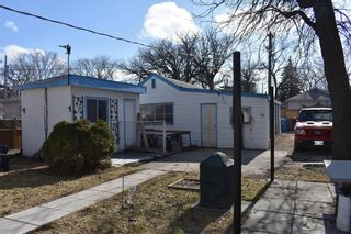 Photo 3: 12 St Thomas Road in Winnipeg: Residential for sale (2D)  : MLS®# 202006977