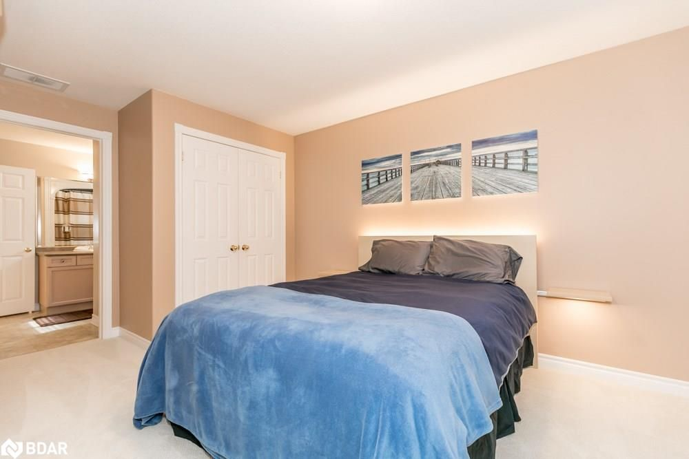 Photo 13: Photos: 28 KRAUS Road in Barrie: House for sale