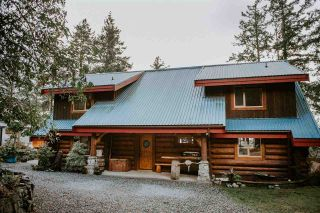 Photo 1: 14140 MIXAL HEIGHTS Road in Pender Harbour: Pender Harbour Egmont House for sale (Sunshine Coast)  : MLS®# R2523532