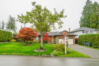 Photo 3: 16380 11 Avenue in Surrey: King George Corridor House for sale (South Surrey White Rock)  : MLS®# R2625299