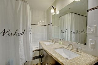 Photo 19: 636 WOLF WILLOW Road in Edmonton: Zone 22 House for sale : MLS®# E4226903