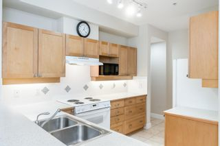 """Photo 17: 203 6198 ASH Street in Vancouver: Oakridge VW Condo for sale in """"The Grove 6198 Ash"""" (Vancouver West)  : MLS®# R2614969"""
