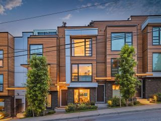 """Main Photo: 145 ST. PATRICKS Avenue in North Vancouver: Lower Lonsdale Townhouse for sale in """"Synergy"""" : MLS®# R2591969"""