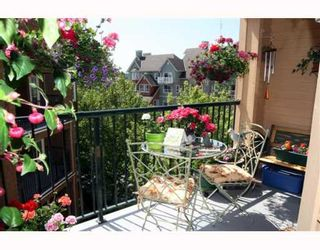 """Photo 1: 405 1363 56TH Street in Tsawwassen: Cliff Drive Condo for sale in """"WINDSOR WOODS"""" : MLS®# V767656"""