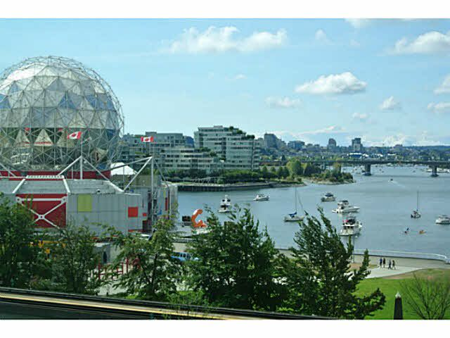 """Main Photo: 606 1128 QUEBEC Street in Vancouver: Mount Pleasant VE Condo for sale in """"THE NATIONAL"""" (Vancouver East)  : MLS®# V1142309"""