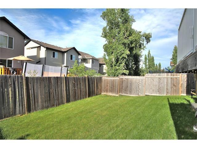 Photo 5: Photos: 30 EVERHOLLOW Heath SW in Calgary: Evergreen House for sale : MLS®# C4068362