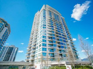 Main Photo: 1606-112 East 13th St in North Vancouver: Central Lonsdale Condo for rent