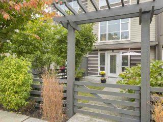 Photo 3: 30 15405 31 AVENUE: Grandview Surrey Home for sale ()  : MLS®# R2215959