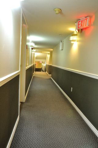 """Photo 3: 204 1009 HOWAY Street in New Westminster: Uptown NW Condo for sale in """"HUNTINGTON WEST"""" : MLS®# R2113265"""