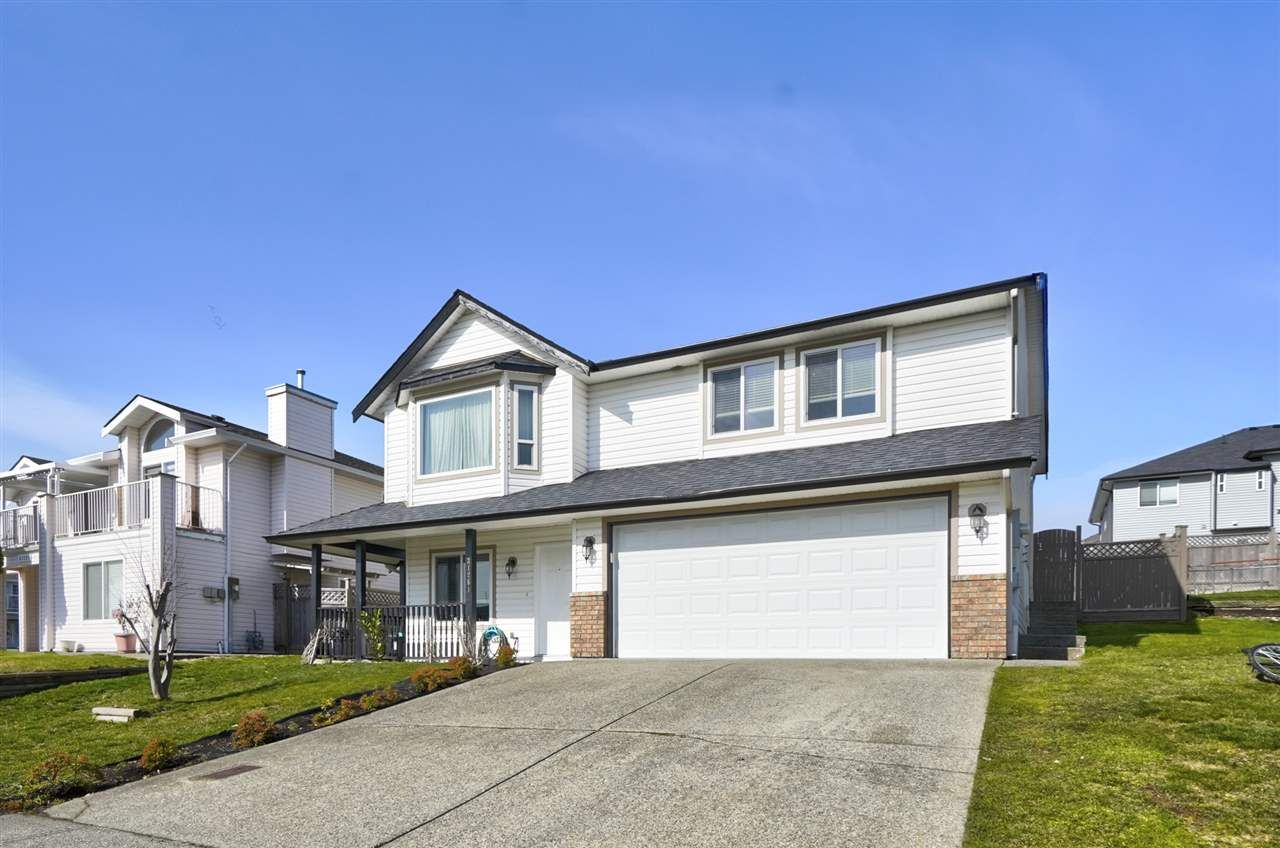 Main Photo: 31261 WAGNER Drive in Abbotsford: Abbotsford West House for sale : MLS®# R2546450