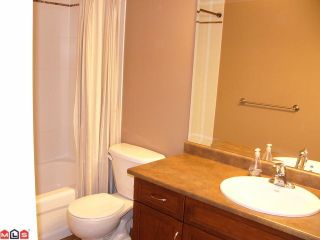 "Photo 7: 309 2068 SANDALWOOD Crescent in Abbotsford: Central Abbotsford Condo for sale in ""The Sterling"" : MLS®# F1209052"