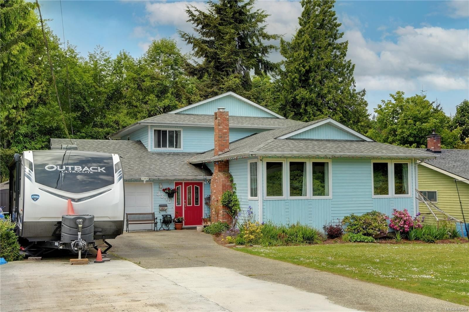 Main Photo: 3340 Mary Anne Cres in : Co Triangle House for sale (Colwood)  : MLS®# 876484