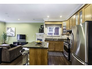 """Photo 7: 1447 E 21ST Avenue in Vancouver: Knight 1/2 Duplex for sale in """"Cedar Cottage"""" (Vancouver East)  : MLS®# V1066306"""