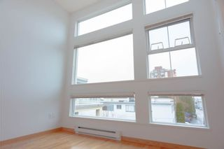 """Photo 9: 406 2105 W 42ND Avenue in Vancouver: Kerrisdale Condo for sale in """"BROWNSTONE"""" (Vancouver West)  : MLS®# R2552680"""