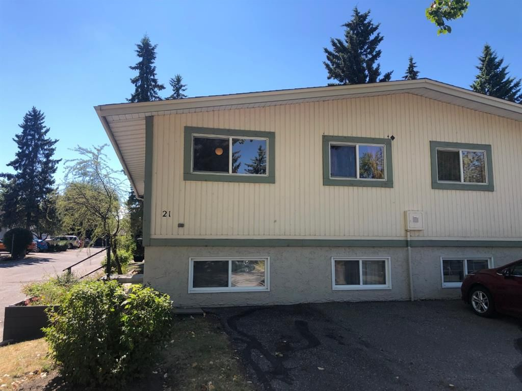 Main Photo: 21 1919 69 Avenue SE in Calgary: Ogden Semi Detached for sale : MLS®# A1026926