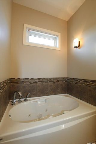 Photo 20: 848 Colonel Otter Drive in Swift Current: Highland Residential for sale : MLS®# SK764281