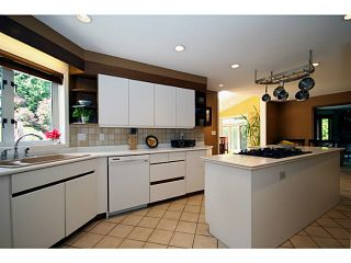 """Photo 6: 1214 PACIFIC Drive in Tsawwassen: English Bluff House for sale in """"STAHAKEN"""" : MLS®# V1064599"""