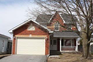 Photo 1: 125 Sutherland Cres in Cobourg: House for sale : MLS®# 184109