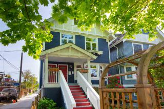 Photo 1: 2720 W 6TH AVENUE in Vancouver: Kitsilano House for sale (Vancouver West)  : MLS®# R2366450