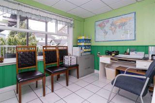 Photo 22: 2695 MCBRIDE Avenue in Surrey: Crescent Bch Ocean Pk. House for sale (South Surrey White Rock)  : MLS®# R2571973
