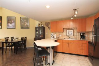 """Photo 3: A420 2099 LOUGHEED Highway in Port Coquitlam: Glenwood PQ Condo for sale in """"SHAUNESSY SQUARE"""" : MLS®# R2375859"""