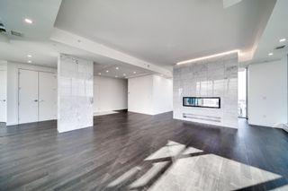 Photo 5: 3901 10180 103 Street in Edmonton: Zone 12 Condo for sale : MLS®# E4251594