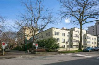 """Photo 17: 203 1565 BURNABY Street in Vancouver: West End VW Condo for sale in """"Seacrest Apartments Limited"""" (Vancouver West)  : MLS®# R2450199"""