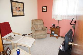 Photo 15: 18 Scalena Place in : Westwood Single Family Detached for sale