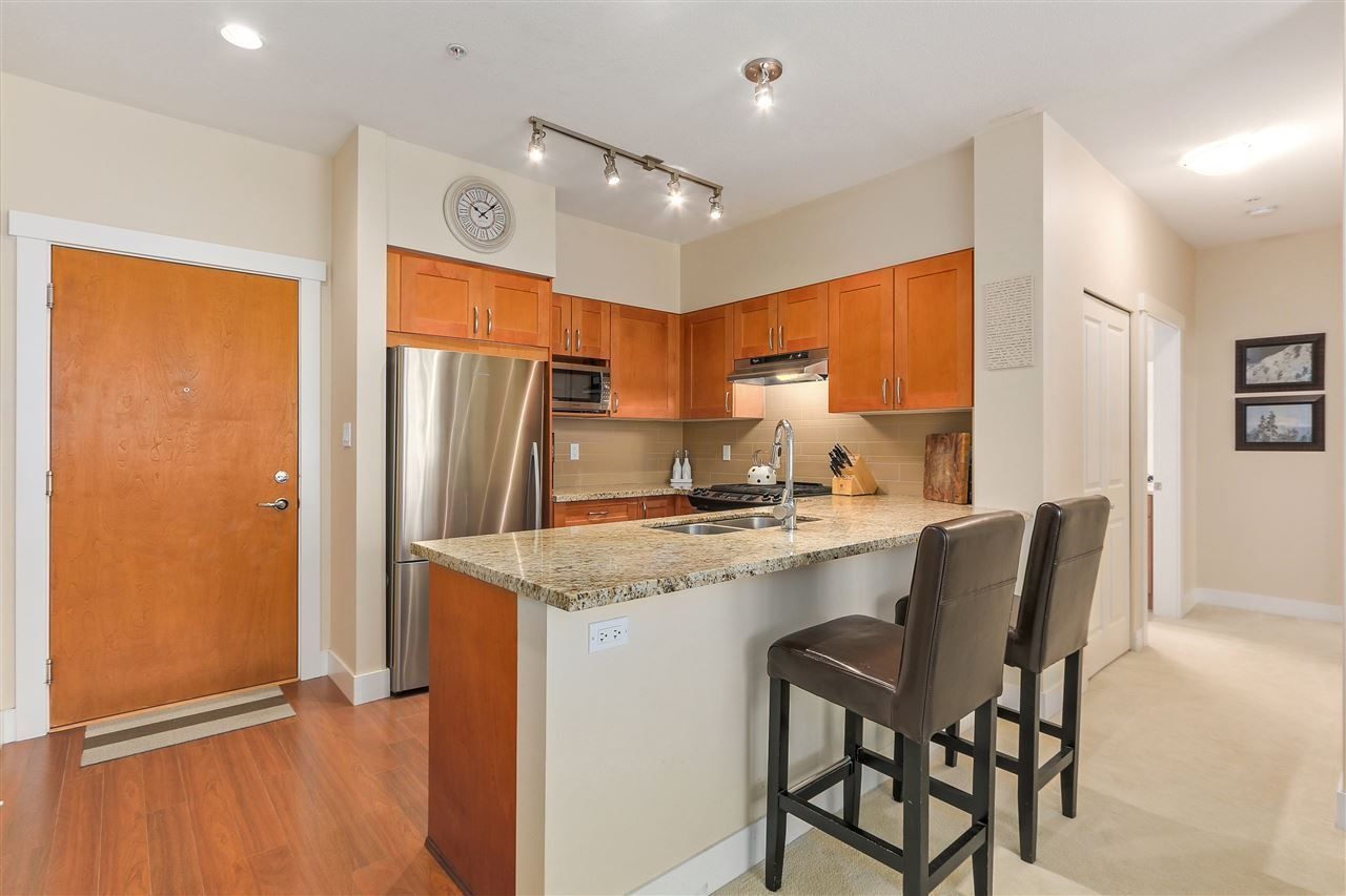 "Photo 8: Photos: 201 1111 E 27TH Street in North Vancouver: Lynn Valley Condo for sale in ""Branches"" : MLS®# R2283377"