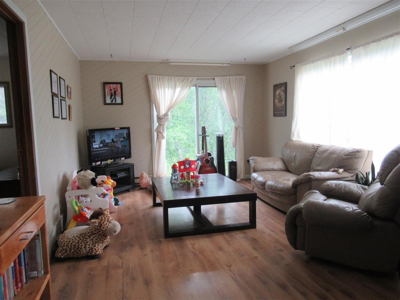 Photo 5: Photos: 950 HODGSON Road in Williams Lake: Esler/Dog Creek House for sale (Williams Lake (Zone 27))  : MLS®# R2383953