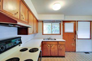 """Photo 11: 5683 EGLINTON Street in Burnaby: Deer Lake Place House for sale in """"DEER LAKE PLACE"""" (Burnaby South)  : MLS®# R2155405"""