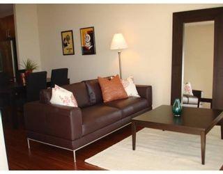 Photo 3: # 105 5160 DAVIS BAY RD in Sechelt: SD Sechelt Condo for sale (Sunshine Coast)  : MLS®# V635276