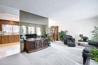 Photo 7: 140 Thames Close NW in Calgary: Thorncliffe Detached for sale : MLS®# A1097862
