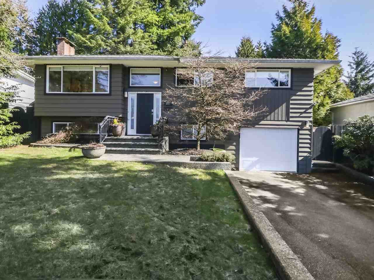 Main Photo: 687 FIRDALE Street in Coquitlam: Central Coquitlam House for sale : MLS®# R2447108