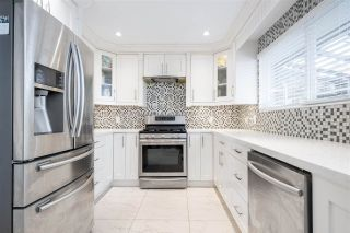 """Photo 14: 15667 101 Avenue in Surrey: Guildford House for sale in """"Somerset"""" (North Surrey)  : MLS®# R2481951"""