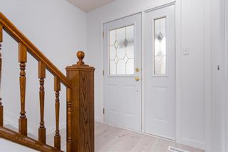 Photo 2: 47 Salisbury Crescent in Winnipeg: Waverley Heights Residential for sale (1L)  : MLS®# 202110538