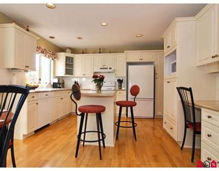 """Photo 2: 9266 207TH Street in Langley: Walnut Grove House for sale in """"GREENWOOD"""" : MLS®# F2831840"""