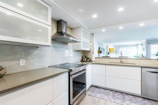 """Photo 7: 5 1508 BLACKWOOD Street: White Rock Townhouse for sale in """"The Juliana"""" (South Surrey White Rock)  : MLS®# R2551843"""