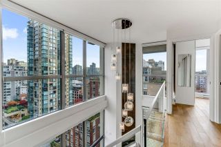 "Photo 16: 1207 1238 RICHARDS Street in Vancouver: Yaletown Condo for sale in ""Metropolis"" (Vancouver West)  : MLS®# R2515222"