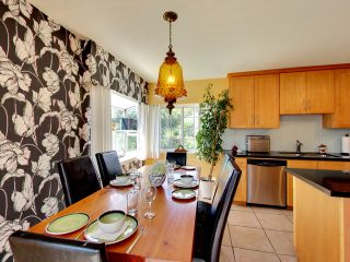 """Photo 8: 2271 WATERLOO Street in Vancouver: Kitsilano House for sale in """"KITSILANO!"""" (Vancouver West)  : MLS®# R2086702"""
