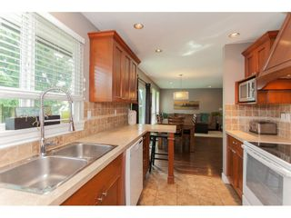 Photo 10: 26550 28B Avenue in Langley: Aldergrove Langley House for sale : MLS®# R2164827