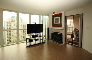 """Photo 2: 1304 1199 EASTWOOD Street in Coquitlam: North Coquitlam Condo for sale in """"THE SELKIRK"""" : MLS®# R2166032"""