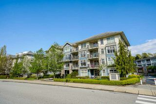 "Photo 3: 305 8084 120A Street in Surrey: Queen Mary Park Surrey Condo for sale in ""ECLIPSE"" : MLS®# R2573374"