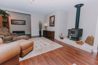 Photo 2: 12115 ROTHSAY Street in Maple Ridge: Whonnock House for sale : MLS®# R2390344