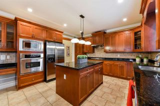 """Photo 5: 21137 83 Avenue in Langley: Willoughby Heights House for sale in """"YORKSON"""" : MLS®# R2318643"""