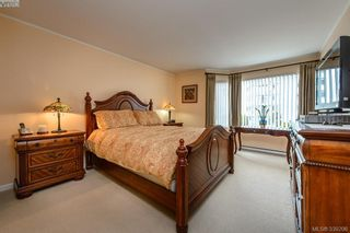 Photo 11: 205 1370 Beach Dr in VICTORIA: OB South Oak Bay Condo for sale (Oak Bay)  : MLS®# 675292